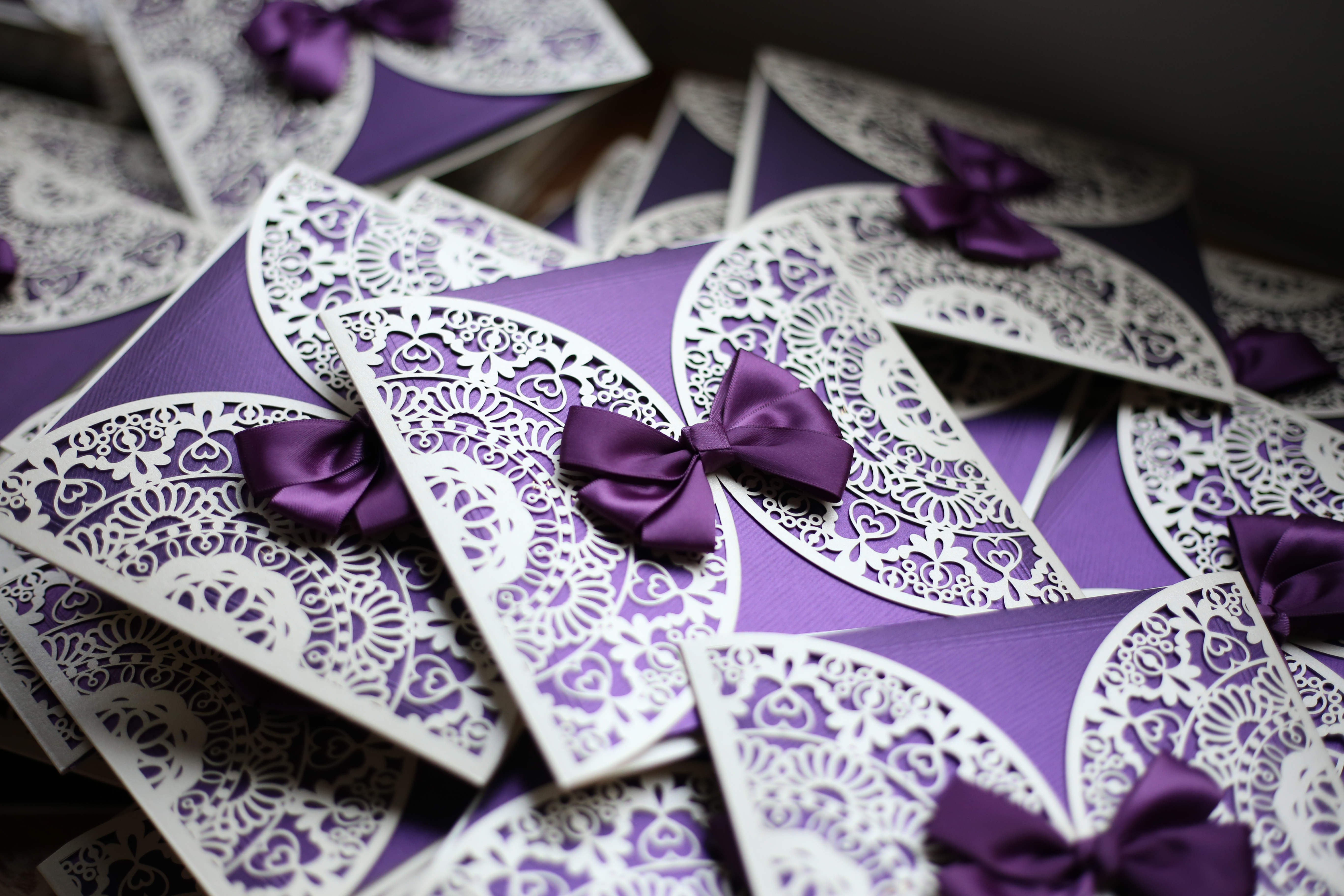 紫色迴旋舞-奶油喜帖